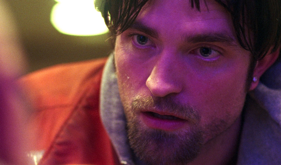 Tausend Schattierungen Rot: Robert Pattinson in Good Time